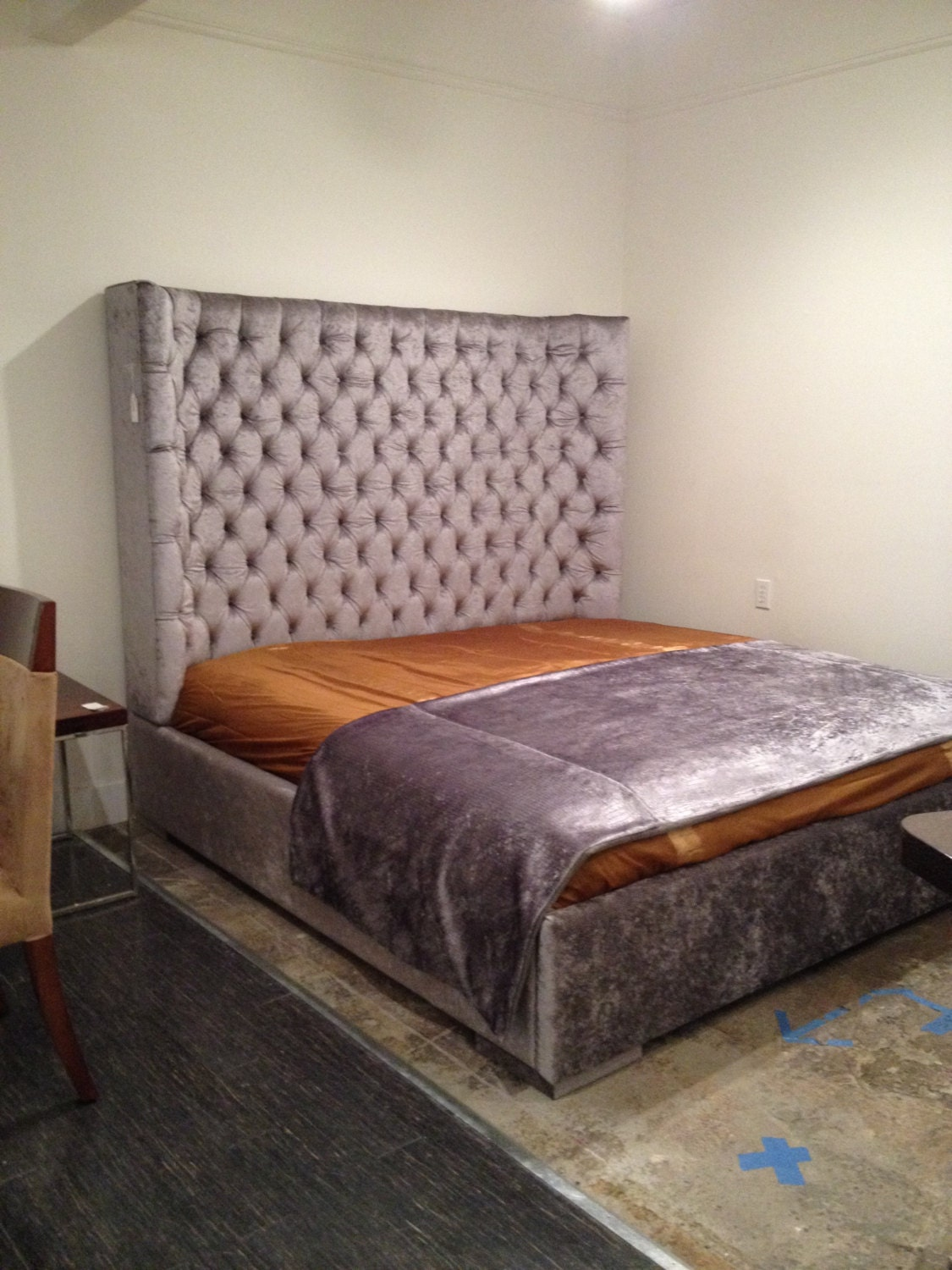 King Size Wing Tufted Bed