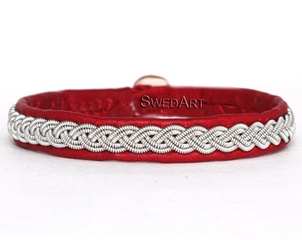 SwedArt B12 Sami Lapland Reindeer Leather Bracelet Antler Button Red LARGE