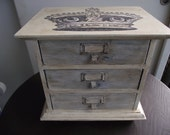 Jewelry box Hand painted with Annie Sloan Paint