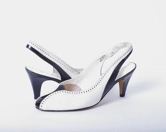 Vintage Two Tone Black and White Van Dal Heels Size US 8.5 / 9 UK 6.5