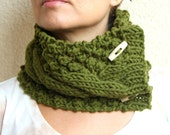 Forest Green Chunky Knit Cable Cowl Neck Scarf With Buttons