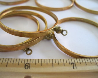 Vintage Brass One Loop Hoop Setting 1.75 inches AL5
