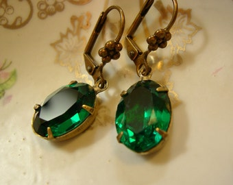 Emerald Rhinestone Earrings ~ Green ~ Vintage Style ~ Vintage Glass ~ Dangle ~ Estate Style ~ by Upswept Illuisons