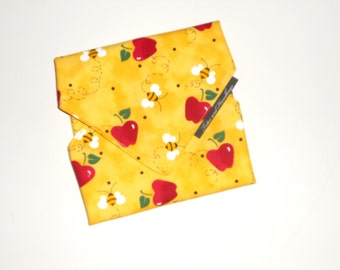 Reusable LARGE Sandwich Wrap Apples and Honey Bee /Eco-Friendly