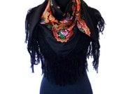 Half Viana's Tradicional folklore scarf Black/purple (triangle shape)