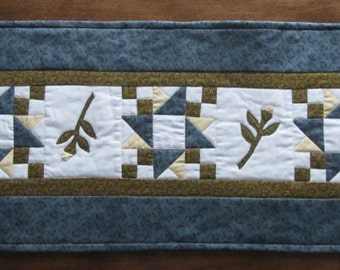 Blue Green Table Runner Patchwork with  Applique 3D Rose Bud Flowers