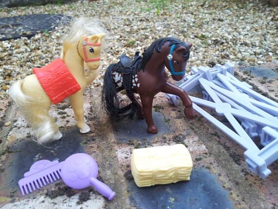 Zoo indian ponies vintage kenner littlest pet shop toys for Home decor kenner