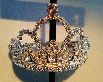 Sweet ponytail tiara