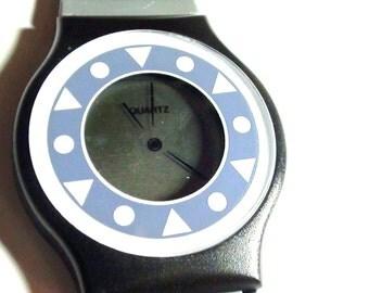 Retro Liquid Crystal Watch Unisex Fun WristWatch  In On SaLe Now