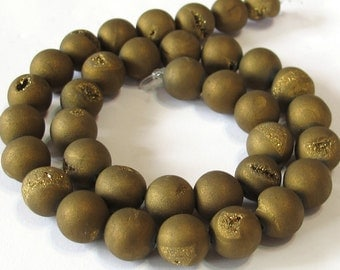 10mm Druzy type round beads gold matte titanium coated