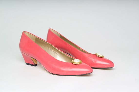 Authentic Vintage Bandolino Pink Kitten Heel Low Wedge Shoes (7.5 8 N)