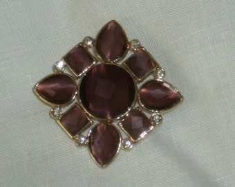 Lovely Monet Brooch, Goldtone