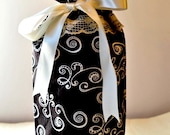 Brown White Swirl Wine Tote, Bags Purses Totes, Gifts For The Couple, Housewares Wine Cozy, Gift Ideas, Wine Spirits, Wine Accessories