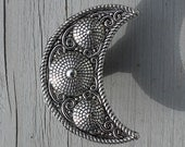 Crescent Moon Drawer Knobs in silver metal (MK161)