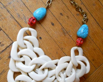 Giant Chain and Skull Necklace
