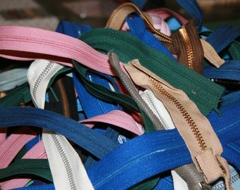 Bulk Lot of Zippers