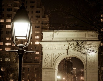 New York Photo, Nyc Photograph, Washington Square Park City Print Arch Vintage Manhattan Night Black White Art nyc52