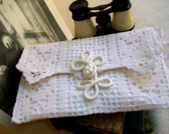 Brides clutch Vintage doily remake White wristlet Vintage lace envelope purse