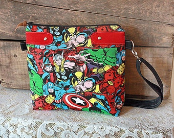 Crossbody Purse Made of Marvel Comics Fabric / Messenger/ Handbag / Superheroes/ Comic Con - MADE TO ORDER--