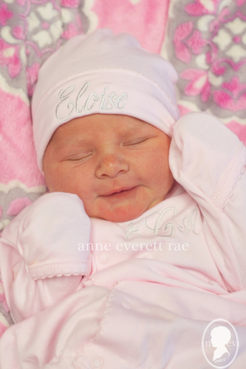 Baby Girl coming home outfit is picture perfect for newborn pictures and perfect for her coming home smileqbl.gq layette gown is per fect for your new baby girls going home outfit. Her special day deserves a very special layette gown.
