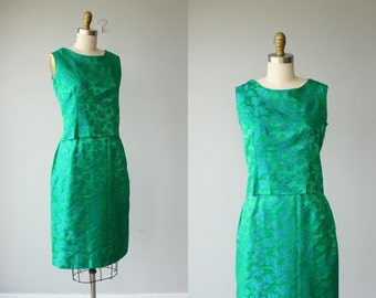 60s dress / 1960s dress / silk brocade two piece dress / skirt set with cropped top - size small