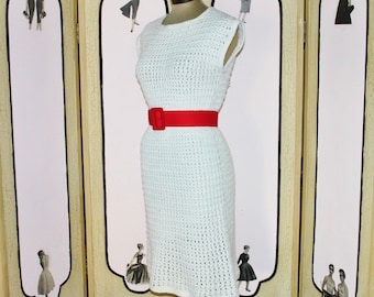 Vintage 1960's Sweater Dress in White. Hand Knit Acrylic. Nice and Soft. Small.