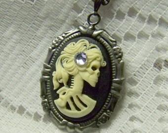 Dia De Los Muertos Pendant - Lady Skeleton Necklace - BELLA MORTE - Gothic Lolita - Skull - Medium - Neo-Victorian - Day of the Dead