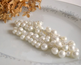 Pearl cluster necklace, white pearl necklace