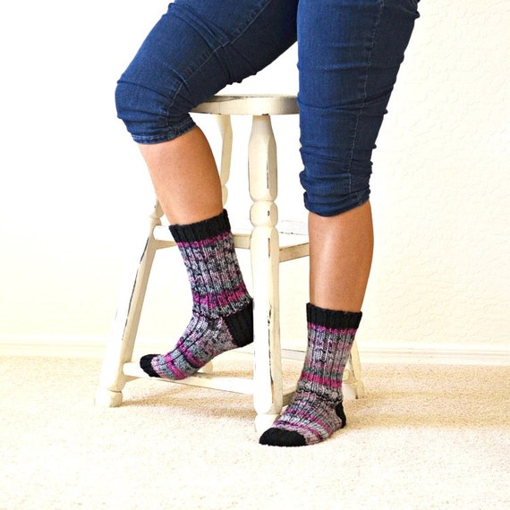 Socks knit black pink multicolor