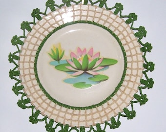 Vintage Decorative Plate / Decoupage Water Lilies Lotus Blossoms Plate in Crocheted Frame / 1960s Handmade Decor