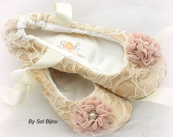 Ballet Flats, Champagne, Ivory, Blush, Wedding Shoes, Bridal, Flats, Ballerina Slippers, Flower Girl, Lace Flats, Pearls, Crystals, Elegant