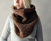 Chunky Knit Cowl, Infinity Scarf, Knit Circle Scarf, Womens Winter Cowl, Brown Tweed Scarf, Womens Gift For Her, Hood Scarf, Infinity Scarf