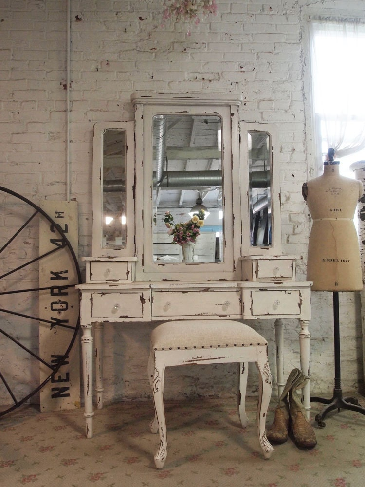 painted cottage chic shabby romantic vanity and stool. Black Bedroom Furniture Sets. Home Design Ideas