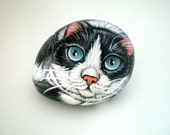 Tuxedo Cat  Painted Pet Rock,  for pet lovers cat lovers, stone art, paper weight, collectibles