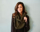 Green infinity scarf, chunky infinity scarf, forest, fall, winter, crochet, scarf, green scarf