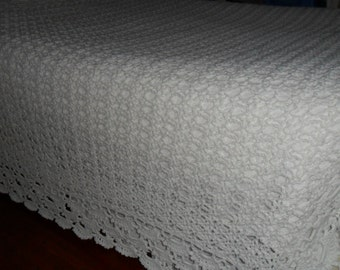 "New(Ready to Ship) Crochet Afghan (King-108 ins.X78ins.) Blanket - Bedspread - Throw - Wedding Gift -Accessories ""SHELLS GALORE''  in White"