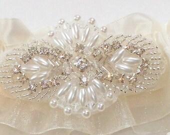 Garter Set with Pearl Crystal Beaded Centering - The TARA Garter Set