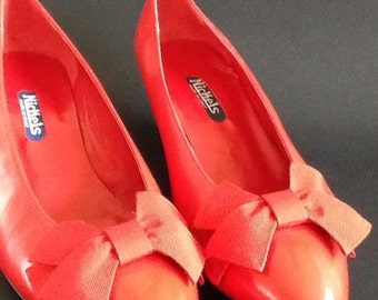 Vintage Ladies Nickel Italian Red Leather Shoes