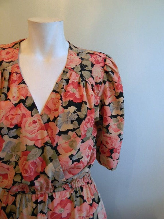 vintage. Pink Rose Floral Dress  // Romantic Floral Dress // S to M