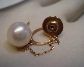Vintage  1940's men's tie pin  in 14K gold natural pearl