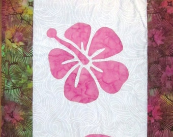 Quilted Table Runner Hibiscus Applique in Pink and Brown