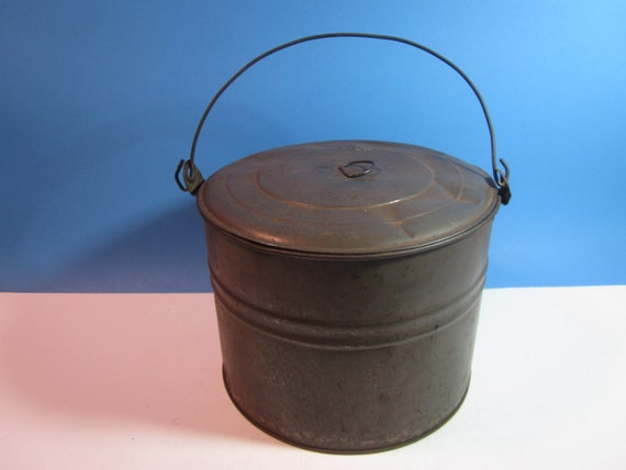 Vintage Metal Bucket Pail With Lid By Njdigfinds On Etsy