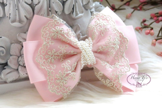 NEW: Ella Grace Collection - Beautiful Light Pink Ribbon and Lace Hair Bow Applique. Hair accessories. Peart Bow. Baby Bow.