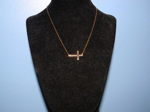 14k Gold Sideways Or Centered Cross Necklace, Worn by Kelly Rippa, JLo, Jennifer Lopez, Emma Watson, 15 16 17 18 19 20 inch long