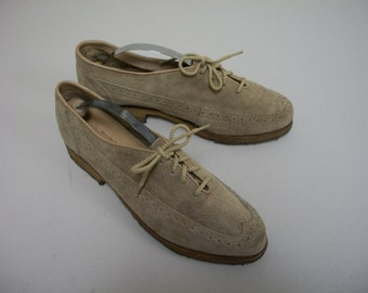 VINTAGE Sweets Suede Wing Tip Detailed Oxfords with Crepe Soles Size 8 1/2 M
