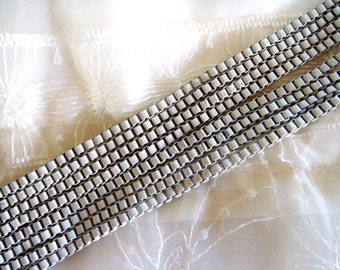 White Venetian Box Chain, Stainless Steel Chain, Colored Chain 3mm- 2 Feet / 60cm approx.(1 piece)