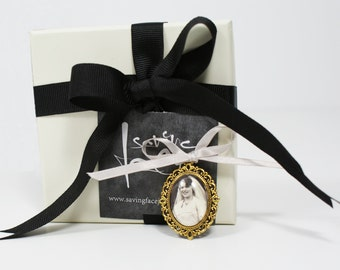 Custom Photo - Bridal Bouquet Charm - Memorial Photo - Wedding Bouquet Photo - Bouquet Photo Charm - Photo Charm Keepsake - Vintage Bouquet