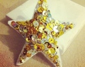 Made with love - Glitz super sequin sparkle star art pin brooch Gold/Silver