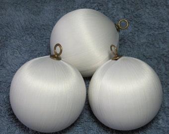 "2-1/2"" Ivory satin balls"