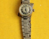 "Vintage Soviet Watch ""CHAIKA"" - Working Ladies Wristwatch - from Russia / Soviet Union / USSR"